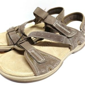 Earth Spirit Sari Womens Taupe Sandals